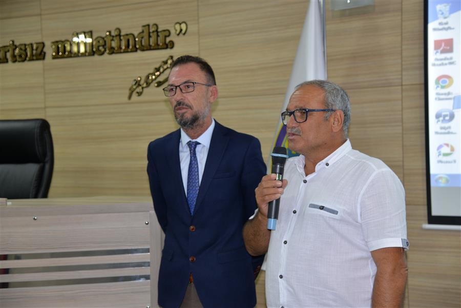 Tire Koop Başkanı Mahmut Eskiyörük Menemen Belediyesinde üreticilerle buluştu