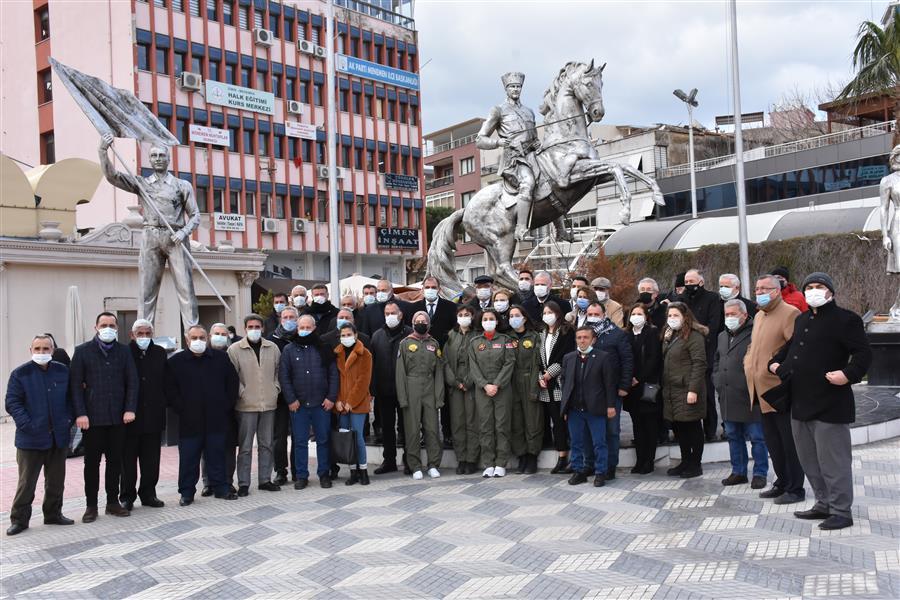 Türk Hava Kurumu'nun 96. kuruluş yıl dönümü Menemen'de kutlandı